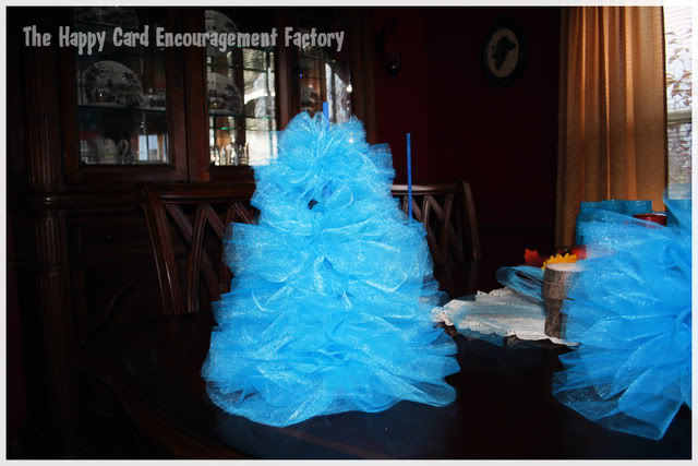 Tulle Christmas Trees, What Not to Do - HappyCardFactory Designs